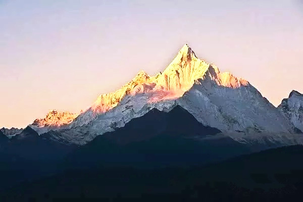 雪山之神—梅里雪山