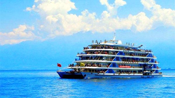 大理洱海大游船