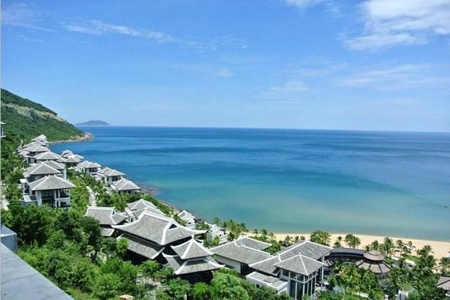cam kim),迦南岛主要以水椰林及原生态自然风光而闻名.